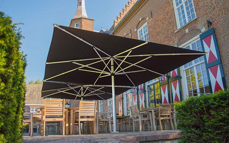 Solero Basto commercial parasol 5x5 restaurant
