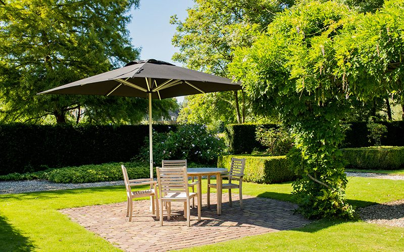 Solero Patio Pro hotel garden 300x300